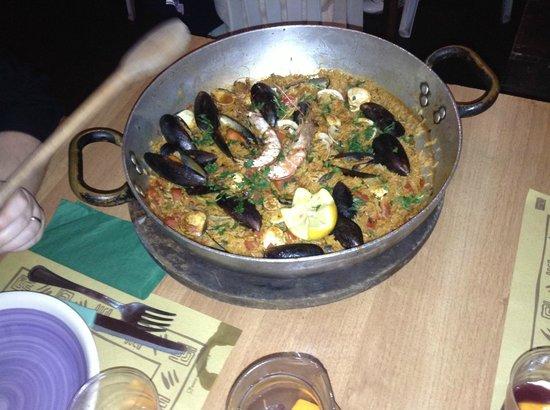 La Cantinita: la paella di pesce
