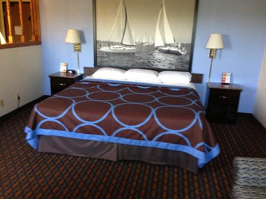 Super 8 New Castle: Suite Room