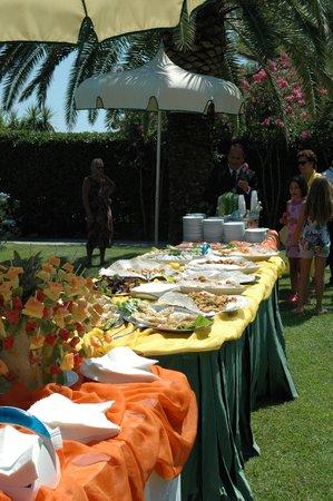 Hotel Ambasciatori: Incredible good assortment of meals