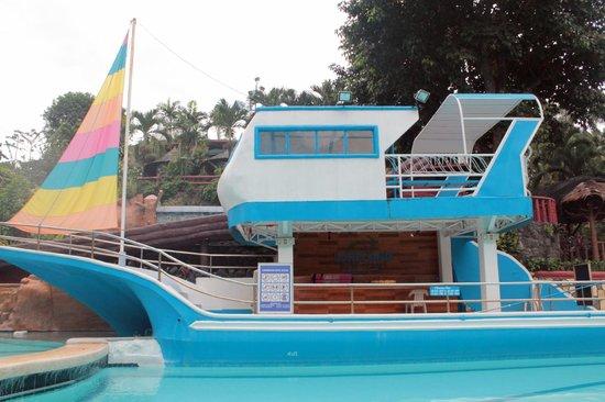 Loreland Farm Resort: The 'Yacht'