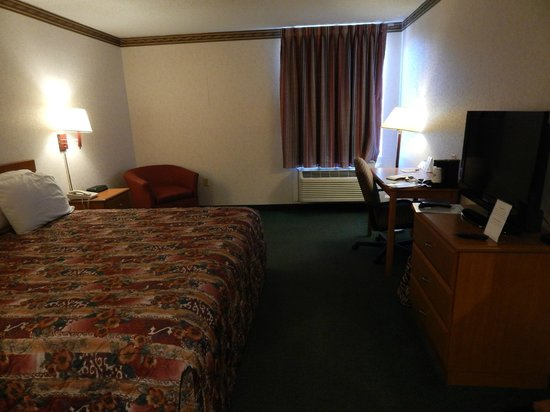 Jefferson City Days Inn: non smoking king room