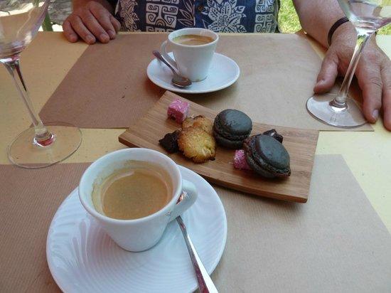 Les Orangeries: Cafe