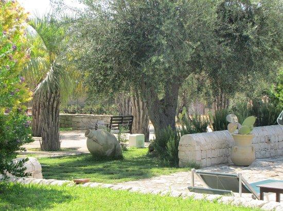 Cambiocavallo - Unesco Area & Resort: Giardino