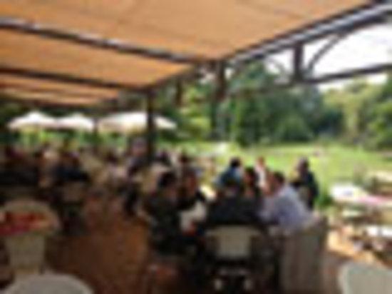 Restaurant les jardins du lavoir dans les herbiers avec for Restaurant jardin 92