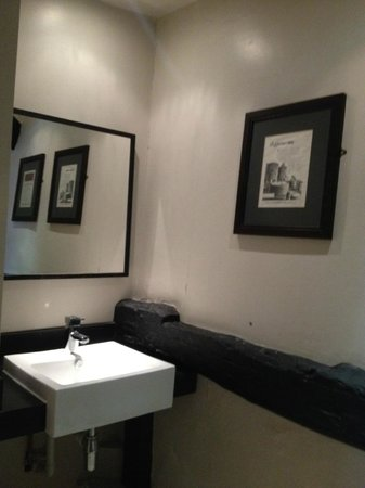 The Brewery Tap: Bathroom to bedroom no. 3
