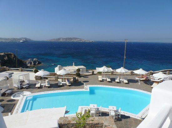 Rocabella Mykonos Hotel & SPA: Pool side