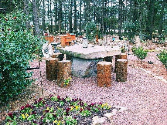 rock table picture  prime community park