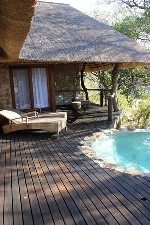 Dulini Lodge: view from the deck