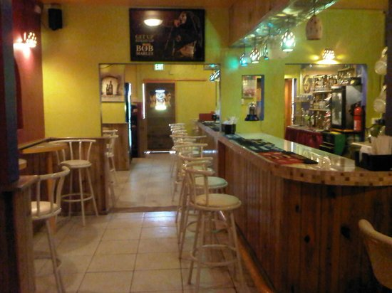 Gascon Villas: Bar Area