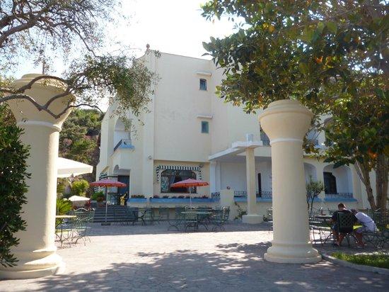 Hotel Zaro: отель