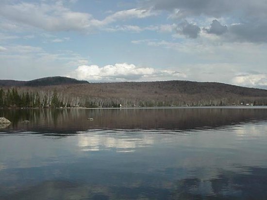 Fruitlands Bed and Breakfast: Peacham Pond, a beautiful lake that feeds into Marshfield Da,.
