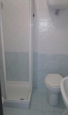 Hotel Lido: il bagno