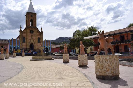 Paipa, Colombia: 1. Ráquira - Boyacá