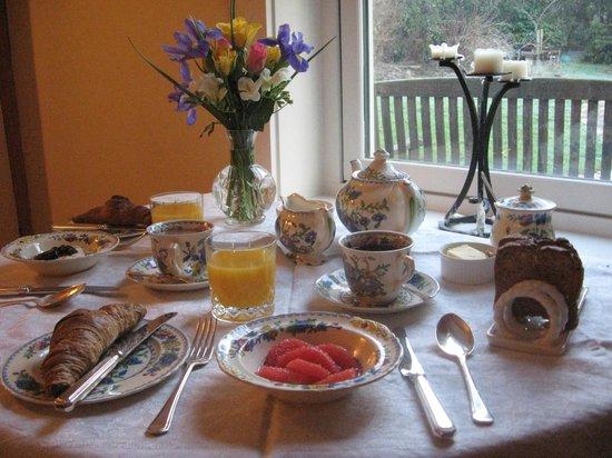 Spring Cottage Bed & Breakfast: Scrummy breakfast!