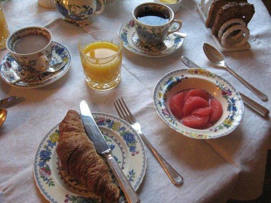 Spring Cottage Bed & Breakfast: More breakfast!