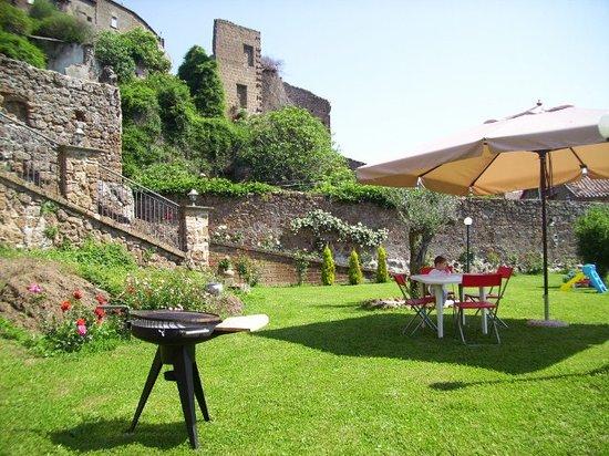 B&B Il Giardino del Borgo : il giardino