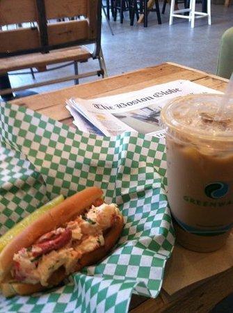 Backyard Coffeehouse & Eatery : That's breakfast !