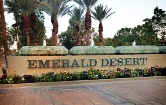 Emerald Desert RV Resort : ~~A resort worth the stop~~