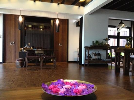 Na Spa Pattaya Reception Desk