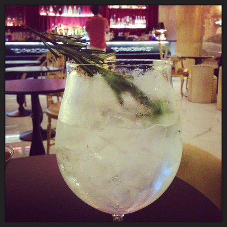 SH Ingles: My incredible G&T