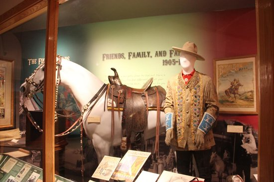 """at the buffalo bill museum jane tompkins essay At the buffalo bill museum jane tompkins karichner 11-12-14 dr guynn eng 0104 buffalo bill museum the title of the essay written by jane tompkins about her trip to the buffalo bill museum was named """"at the buffalo bill museum""""throughout this essay thompkins was confused about bill cody also known as """"buffalo bill"""" not knowing of he was a good person or if he was a bad person."""