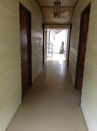 Ibiza House Phi Phi : hallway