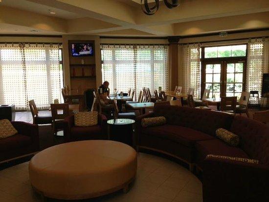 La Quinta Inn & Suites Durham Research Triangle Pk: Lobby
