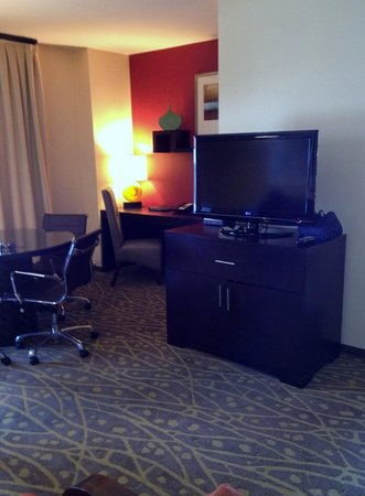Embassy Suites by Hilton Houston - Energy Corridor: Large rooms