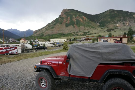Red Mountain Motel, Cabins & RV Park: View from my cabin