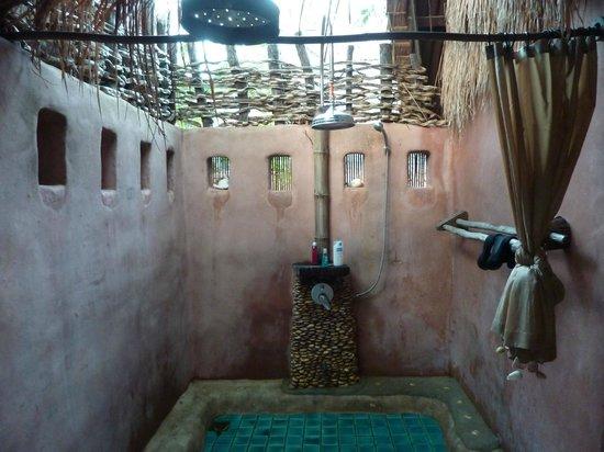 Koh Tao Cabana: La salle de bains en plein air