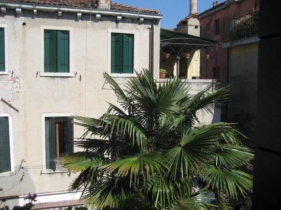 Casa di Sara B&B: view from the room