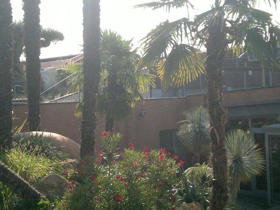 Relais Bellaria Hotel & Congressi : Panoramica esterno vicino all'ingresso