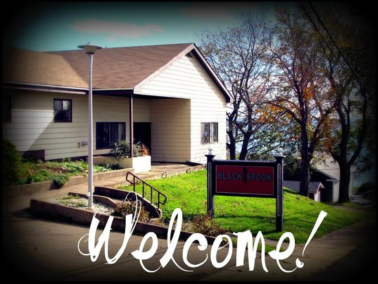 Black Spoon Bed & Breakfast : welcome sign