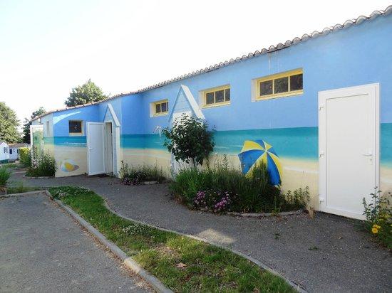 Camping Le Patisseau : Salle du club pour enfants