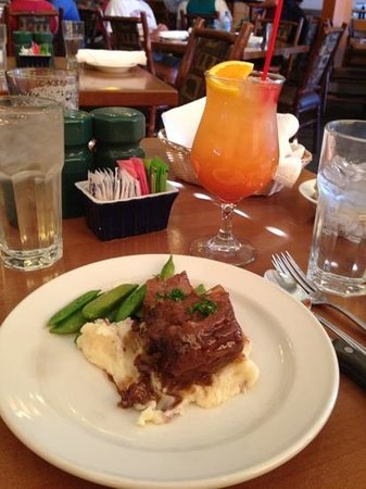 Obsidian Dining Room: bison short rib with mashed potatoes and snow peas (half order shown, split with husband)