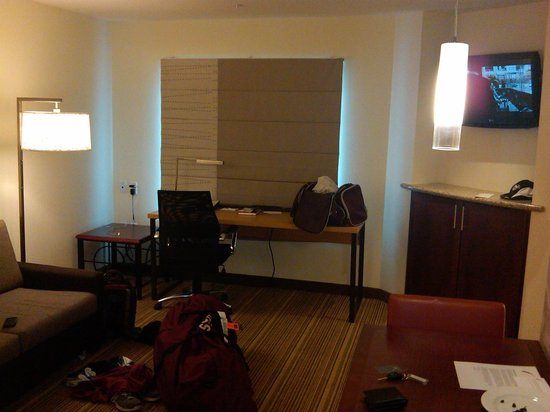 Residence Inn by Marriott Springfield South: Inside One Bedroom Unit