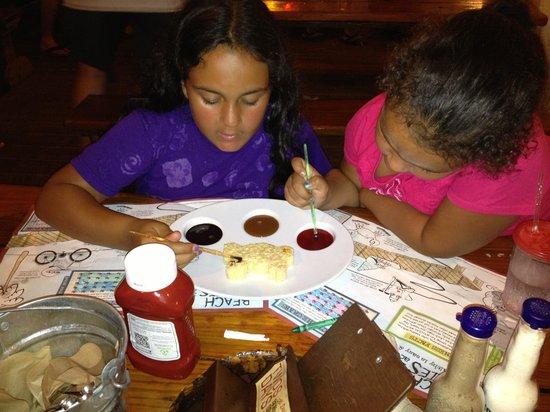 Joe's Crab Shack : Krispy Crab kids desert