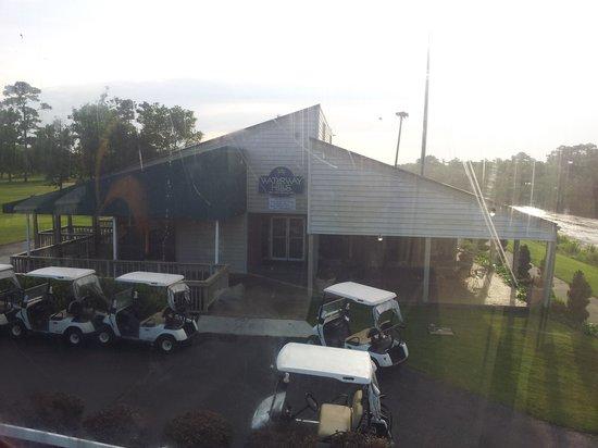 Waterway Hills Golf Club: Waterway Hills Clubhouse from Tram