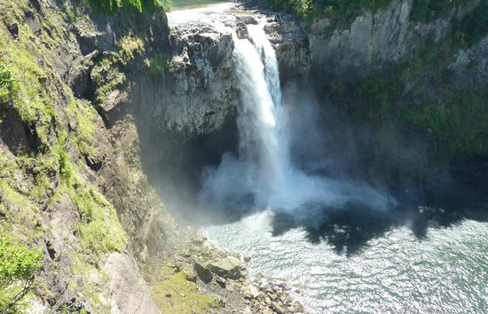 Salish Lodge & Spa: Snoqualmie Falls at the Salish Lodge