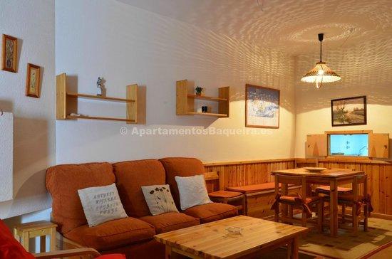Apartarent Apartamentos: Salón comedor Marimanha 2H