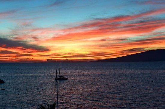 The Westin Maui Resort & Spa : Sunset pic take from 791 Lanai