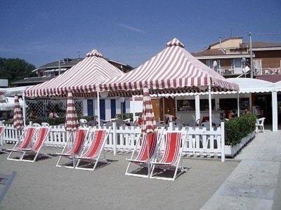 Spiaggia foto di bagno venezia ameglia tripadvisor - Bagno venezia fiumaretta ...