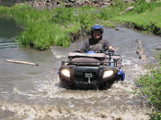 Adobe Badlands: Driving through Doughspoon Reservoir