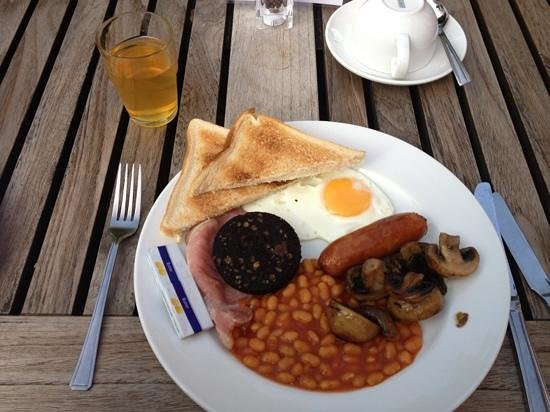 The Alexandra Court Hotel: The breakfast