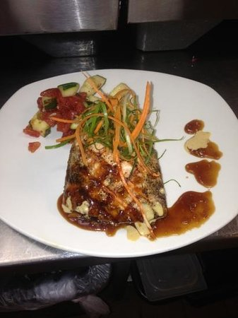 Bonefish Grill  St. Simons Island : salmon pan Asian!