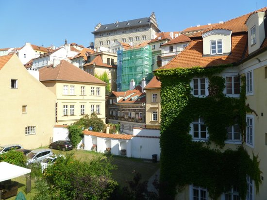Hotel U Zeleneho hroznu (Hotel At the Green Grape) : A view from the Kafka room, part of the castle visable at the top