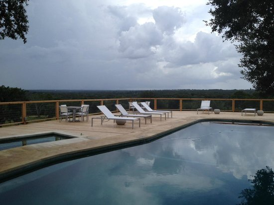 Sage Hill Inn & Spa: Pool is amazing even on a cloudy day