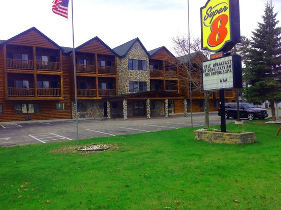 Super 8 Motel - Mackinaw City/Bridgeview Area