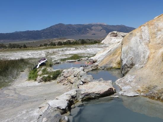 Travertine Hot Spring 사진