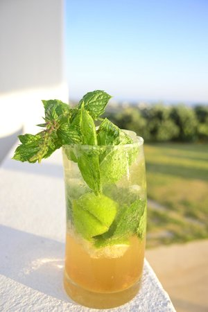 Naxian Collection : If you've left without trying the famous Mojito, you've missed out.